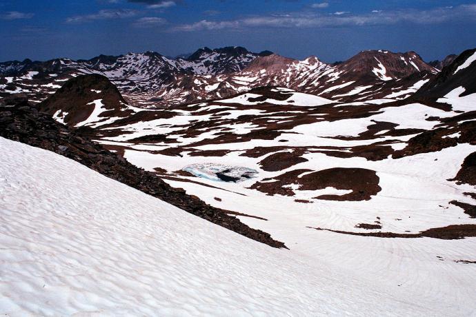 Zimowe zejście z Puig Carlit, Wschodnie Pireneje, czerwiec
