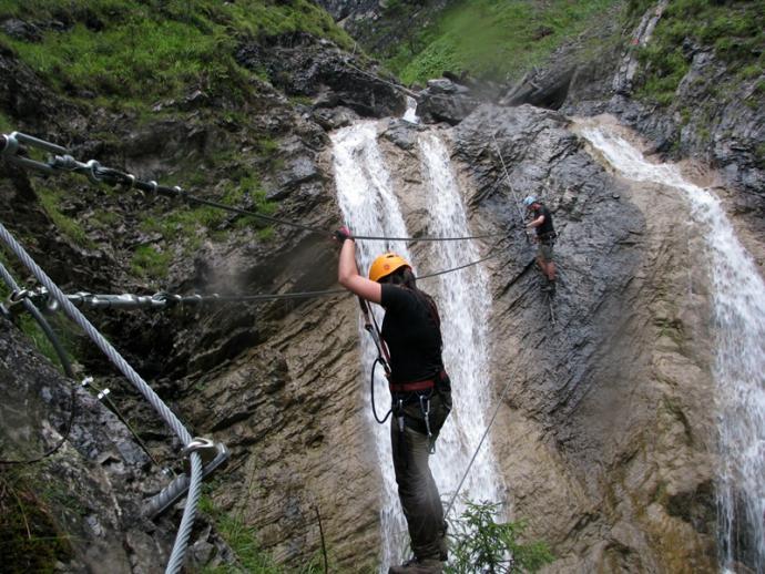 Mosty linowe przez wodospady Millnatzenklamm