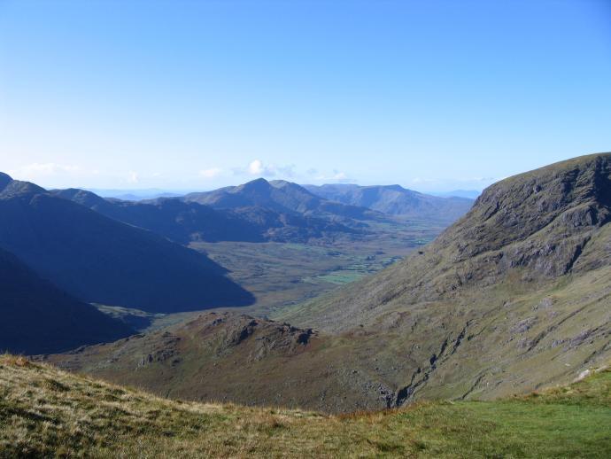 Widok z przełęczy na przeciwną stronę