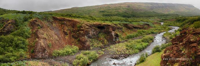 Panorama nad rzeką Botnsá