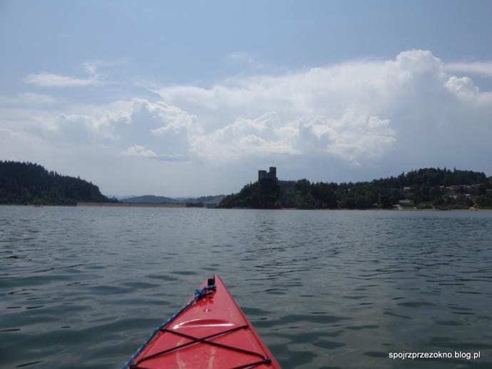 Kajakiem po Jeziorze Czorsztyńskim