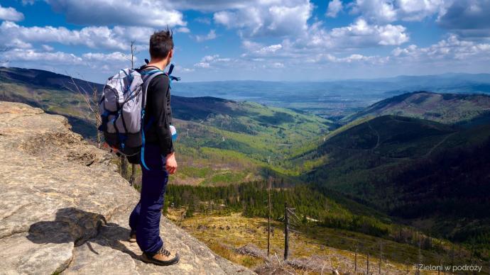 Malinowska Skała i rozległe panoramy. Świetne widoki, a ja taki nieuczesany…