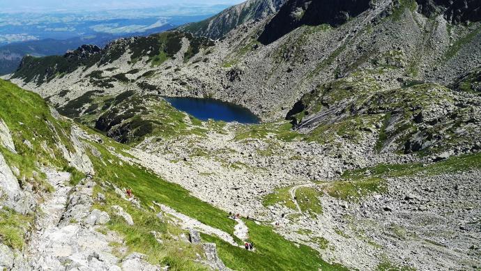 Zejście ze Świnickiej Przełęczy