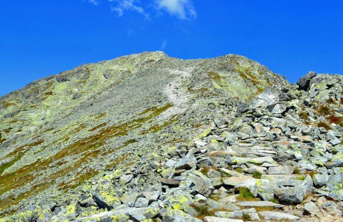 Powyżej przełęczy - ostatni odcinek na szczyt