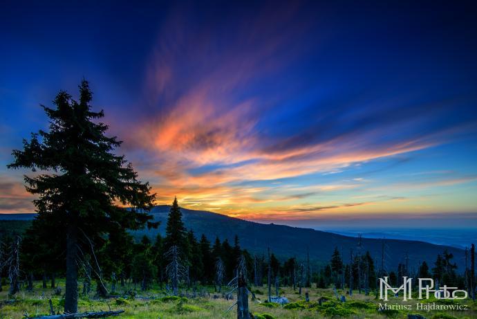Odrodzenie widok na zachód słońca na Szrenicę
