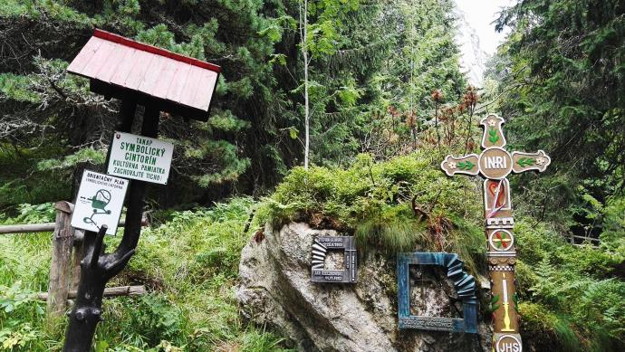 Wejście na Tatrzański Cmentarz Symboliczny