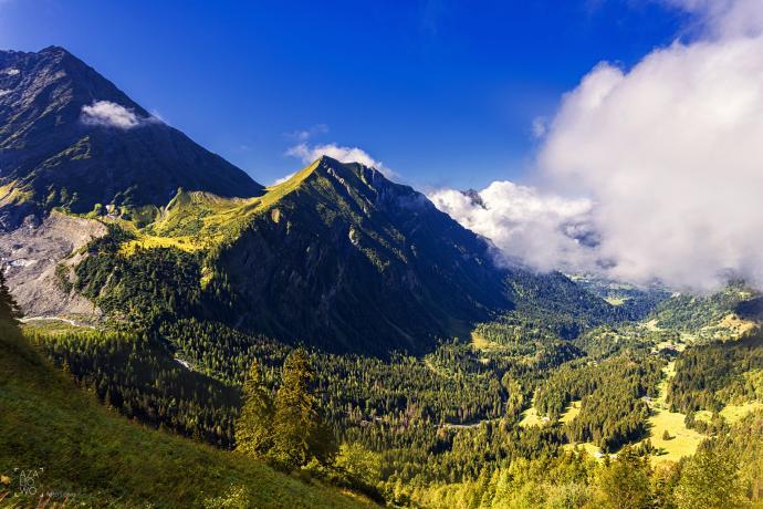 Po drodze z Chamonix w stronę Nid dAigle lokacja = Europa, Francja, Alpy autor = Patrycja tag =   [8744] ; scald_image tytuł = Po drodze z Chamonix w stronę Nid dAigle