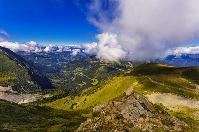 Po drodze z Chamonix w stronę Nid dAigle lokacja = Europa, Francja, Alpy autor = Patrycja tag = lato  [8749] ; scald_image tytuł = Po drodze z Chamonix w stronę Nid dAigle