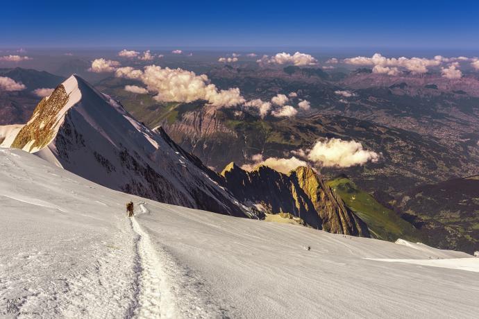 Trekking po lodowcu w stronę Mont Blanc