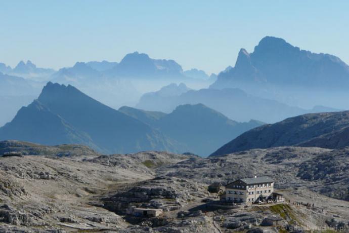 Schronisko Rosetta znajduje się na wysokości 2681 m