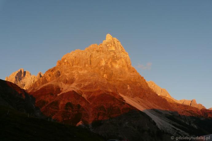 Nie możemy nadziwić się niezwykłym kolorom Dolomitów.