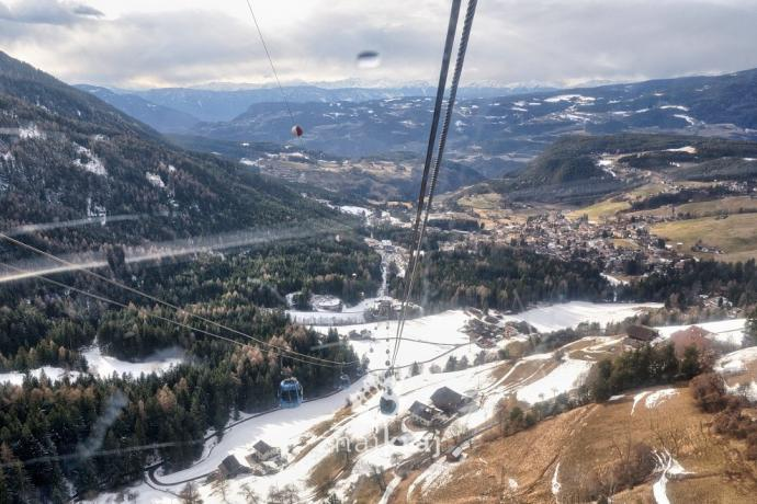 W gondoli wiozącej nas na Alpe di Siusi