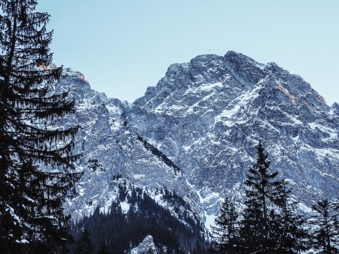Widok na Giewont z Doliny Strążyskiej