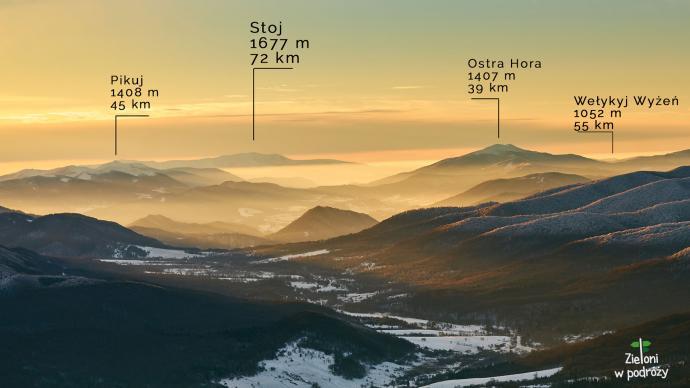 Przejrzystość powietrza pozwala dostrzec szczegóły oddalonych szczytów