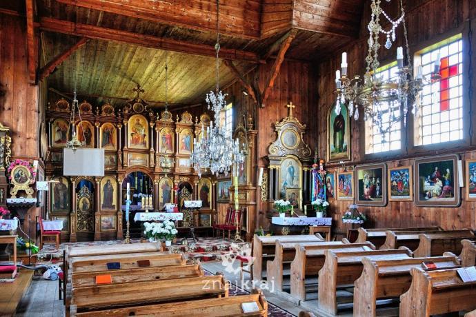 Wnętrze cerkwi w Czyrnej. Fot. Szymon Nitka - Znajkraj
