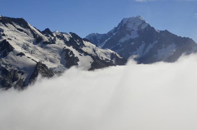 Mount Cook ponad chmurami
