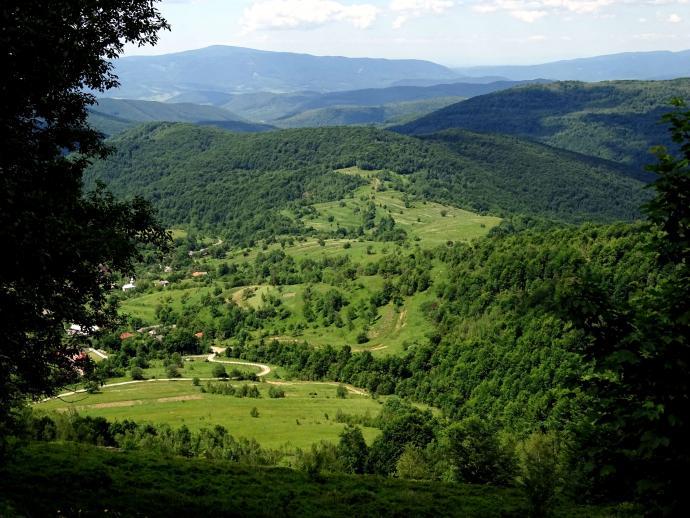 Wieś Lipowiec i pasmo Wyhorlatu
