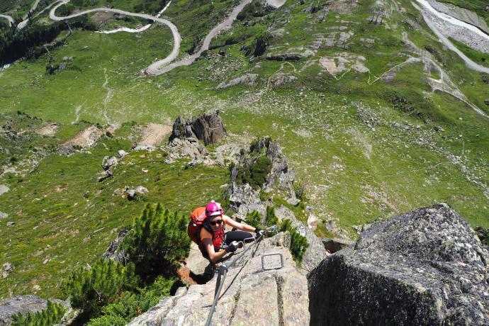 Ostatni ferratowy odcinek przed szczytem Egesengtrat.