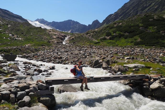 Przekraczamy lodowcowy potok Sulzenaubach.