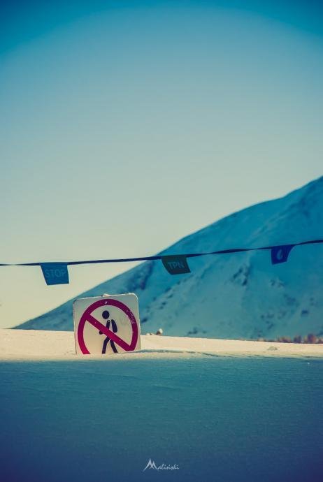 TPN znakuje - Uwaga, śniegu po kolana !