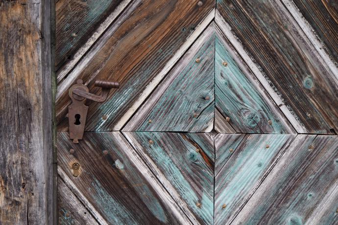 Drzwi XIX-wiecznego domu z Tennengau - piękne, prawda?