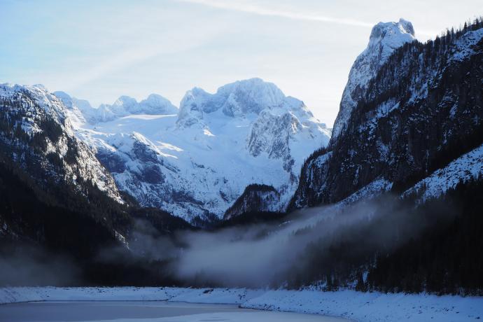 Ostatnie spojrzenie na masyw Dachsteinu w zimowej odsłonie.