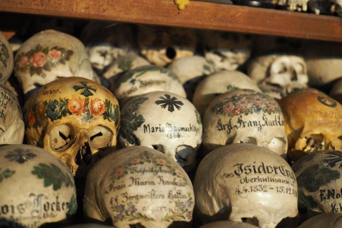 Tradycja malowania czaszek zaczęła się w XVIII w.