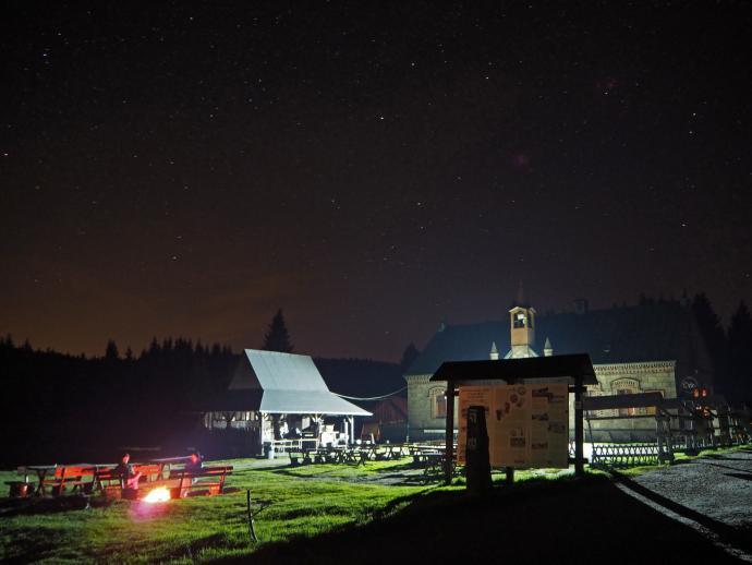 Noc przy Orle.
