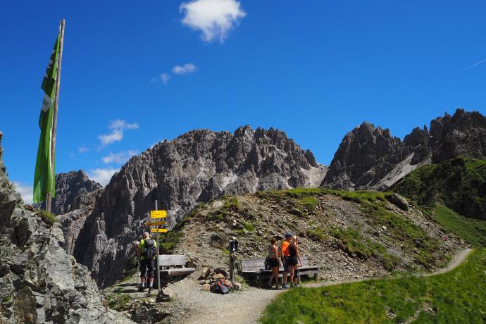 Przełęcz Pinnisjoch to popularne miejsce odpoczynku.