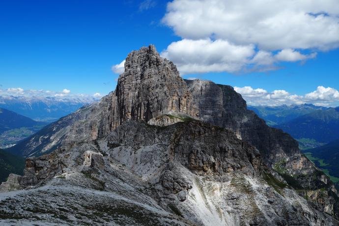 Na szczyt Ilmspitze prowadzi piękna, dość wymagająca ferrata.