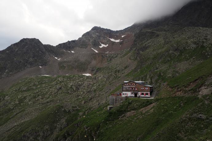 I wreszcie upragniony widok - Insbrucker Hütte i OBIAD!