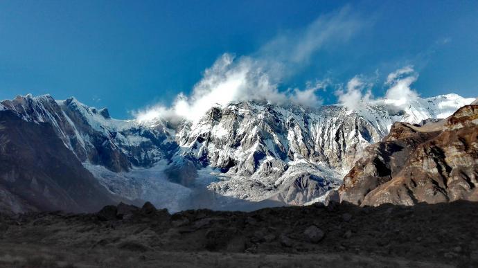 Dymiąca Annapurna