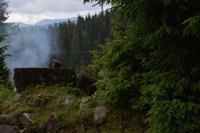Ruiny polskiego schroniska turystycznego na Ruszczynie