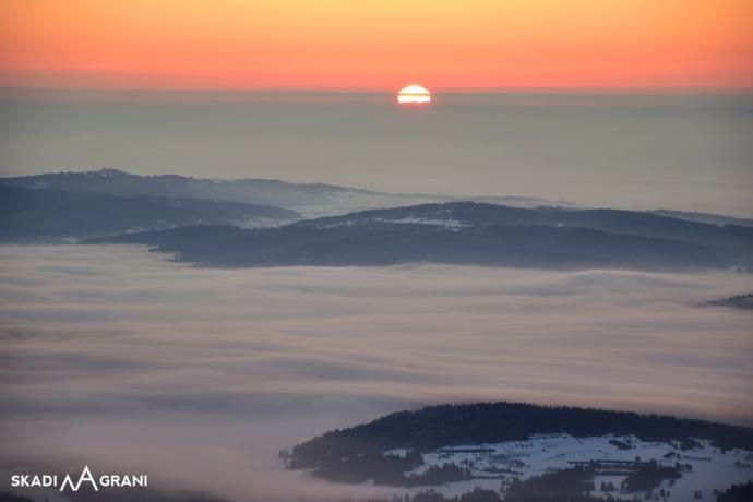 Wschody słońca w górach są magiczne.