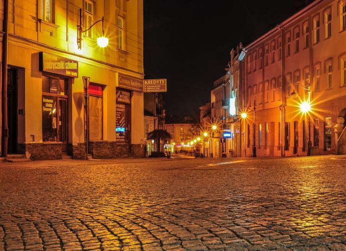 Ulica Franciszkańska nocą