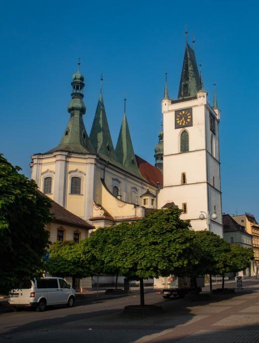 Kościół Św. Mikołaja w Lounach