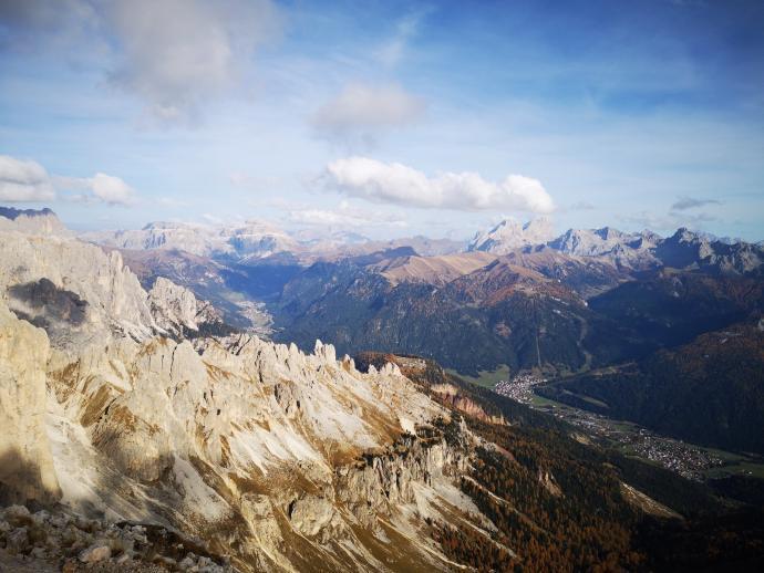 fenomenalna panorama pasma Marmolady
