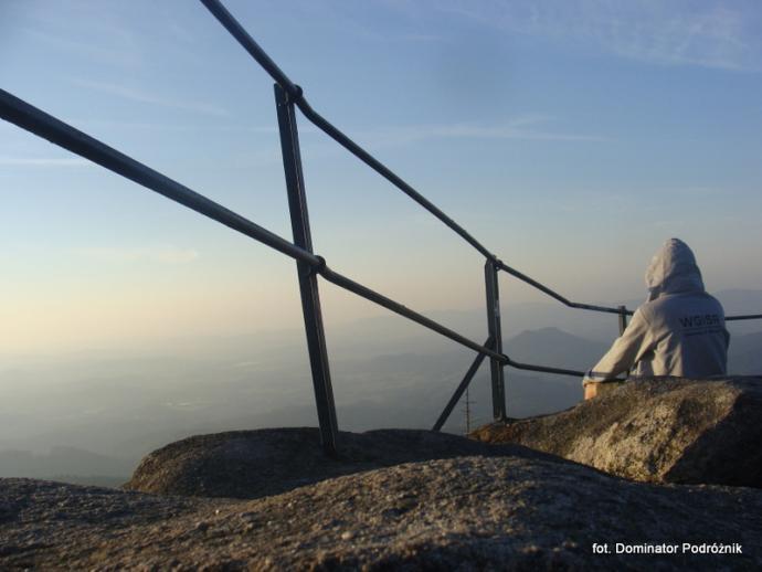 Widok z Małej Ostrej w kierunku Gór Sokolich - wrzesień 2016 r.