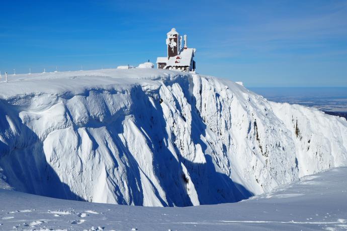 Śnieżne Kotły to piękne cyrki polodowcowe.