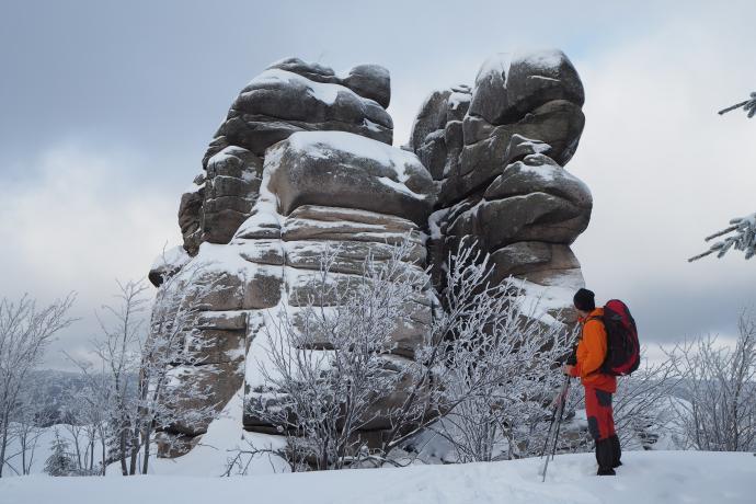Te charakterystyczne baszty skalne to Kukułcze Skały (1125 m n.p.m.)