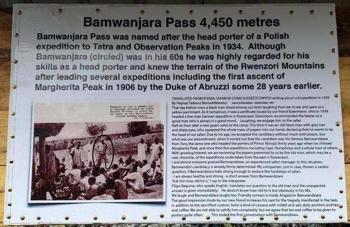 Tablica na przełęczy Bamwanjarra Pass - 4450m n.p.m.