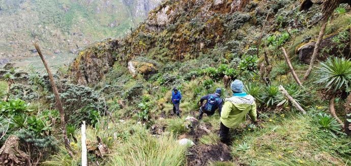 Zejście z Mutinda Lookout