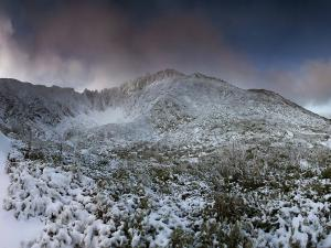 Biała jesień w Wielkim Śnieżnym Kotle.