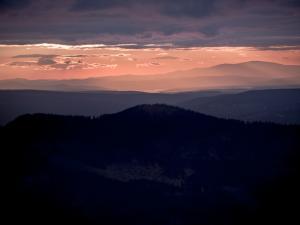 Zachód słońca z Przełęczy Między Kopami