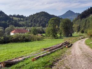Czerwony Klasztor, Słowacja