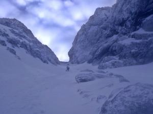 przełęcz Zawrat widziana od dołu