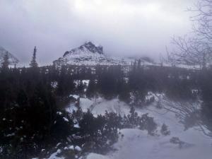 Kościelec we mgle