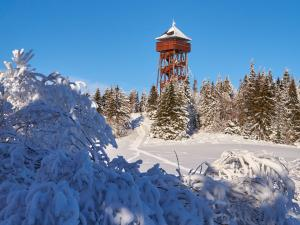 Wieża widokowa na Lubaniu
