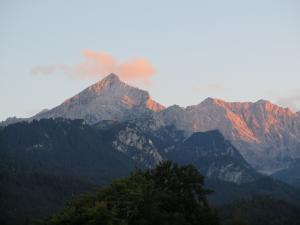 Zachód Słońca nad masywem Alpspitze