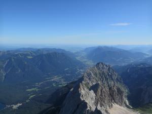 Panorama ze szczytu Zugspitze, Alpy Bawarskie